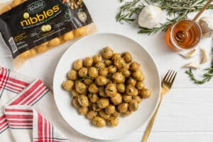 Tasteful Selections – Oh Honey Roasted Nibbles (Dish Works)(1)